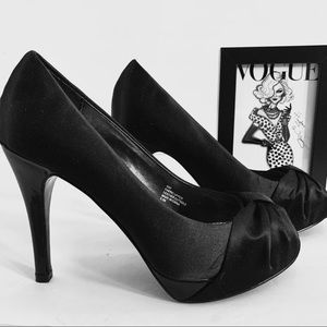 BLACK SATIN AND LEATHER OPEN TOE HIGH HEEL SHOES